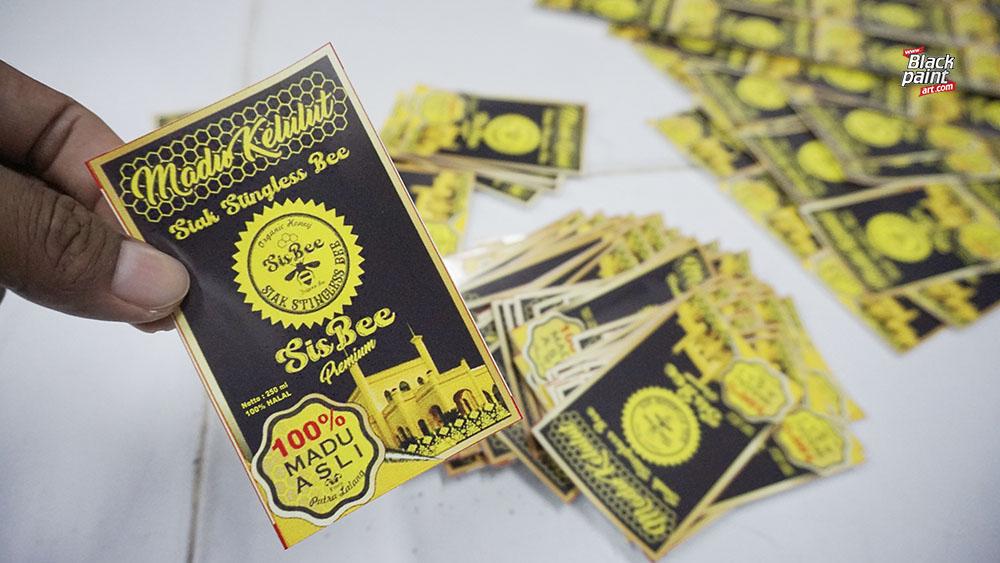 Bagi anda yang sedang mencari tempat cetak stiker murah di Pekanbaru, ada bisa coba datang ke Blackpaint Print Shop.